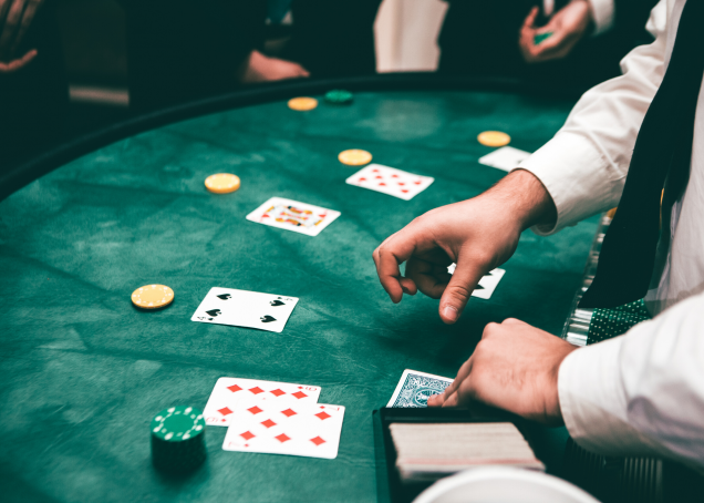 Use Online Betting To Make Someone Fall In Love With You